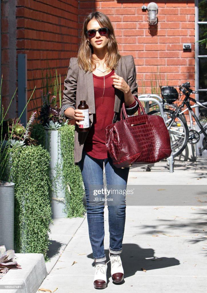 <a gi-track='captionPersonalityLinkClicked' href=/galleries/search?phrase=Jessica+Alba&family=editorial&specificpeople=201811 ng-click='$event.stopPropagation()'>Jessica Alba</a> is seen on October 21, 2013 in Los Angeles, California.
