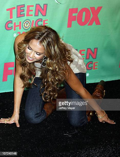 Jessica Alba winner Choice Female Hottie