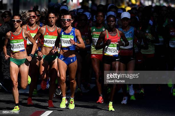 Jessica Augusto of Portugal Valeria Straneo of Italy Visiline Jepkesho of Kenya Munkhzaya Bayartsogt of Mongolia and Jemima Jelagat Sumgong of Kenya...