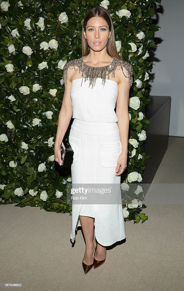 <a gi-track='captionPersonalityLinkClicked' href=/galleries/search?phrase=Jessica+Biel&family=editorial&specificpeople=203011 ng-click='$event.stopPropagation()'>Jessica Biel</a> attends the Museum of Modern Art 2013 Film benefit: A Tribute To Tilda Swinton on November 5, 2013 in New York City.