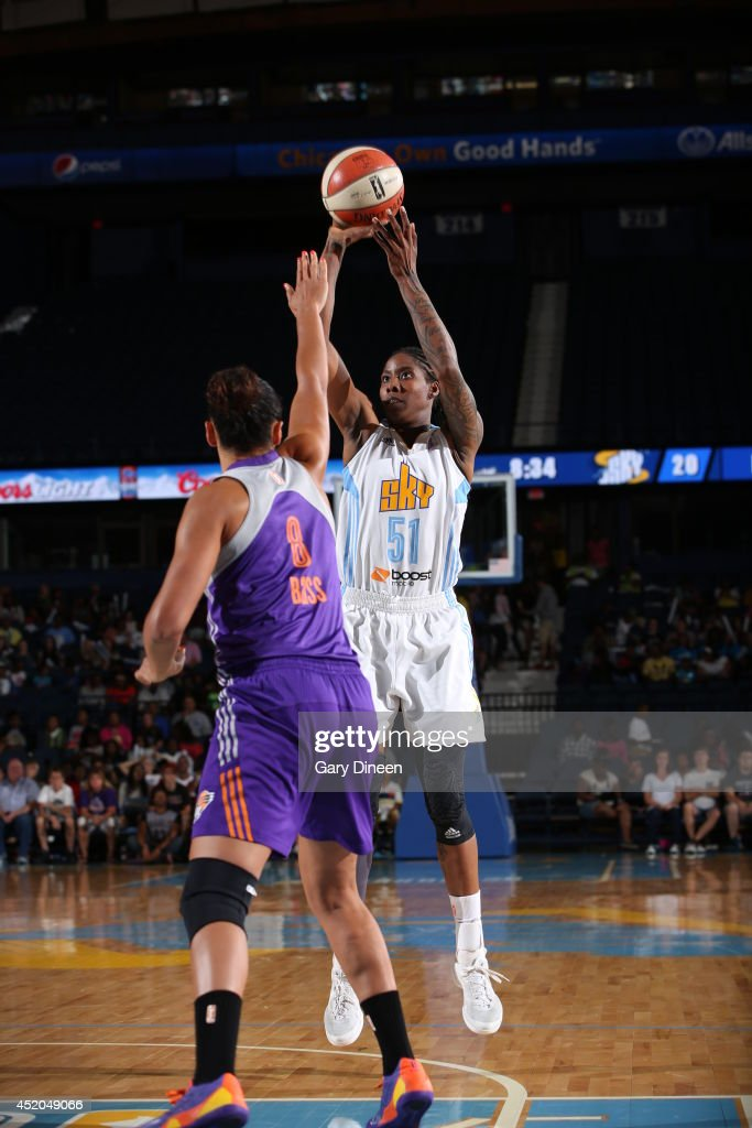 Jessica Breland #51 of the Chicago Sky shoot the ball against the Phoenix Mercury on July 11, 2014 at the Allstate Arena in Rosemont, Illinois.
