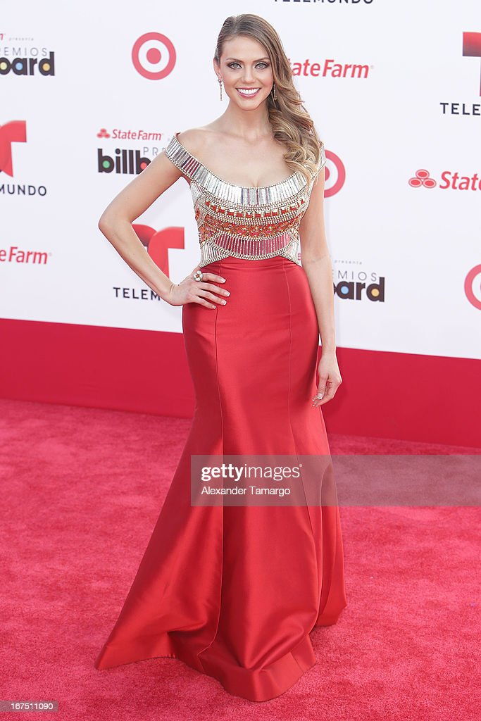 Jessica Carrillo arrives at Billboard Latin Music Awards 2013 at Bank United Center on April 25, 2013 in Miami, Florida.