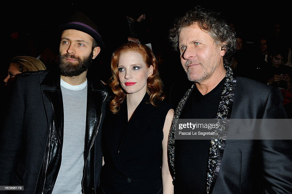 <a gi-track='captionPersonalityLinkClicked' href=/galleries/search?phrase=Jessica+Chastain&family=editorial&specificpeople=653192 ng-click='$event.stopPropagation()'>Jessica Chastain</a> and <a gi-track='captionPersonalityLinkClicked' href=/galleries/search?phrase=Renzo+Rosso&family=editorial&specificpeople=614354 ng-click='$event.stopPropagation()'>Renzo Rosso</a> attend the front row at the Viktor&Rolf Fall/Winter 2013 Ready-to-Wear show as part of Paris Fashion Week on March 2, 2013 in Paris, France.