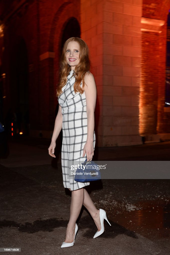 <a gi-track='captionPersonalityLinkClicked' href=/galleries/search?phrase=Jessica+Chastain&family=editorial&specificpeople=653192 ng-click='$event.stopPropagation()'>Jessica Chastain</a> attends Fondazione Nicola Trussardi Cocktail Party during the 55th International Art Exhibition 2013 Venice Biennale on May 30, 2013 in Venice, Italy.
