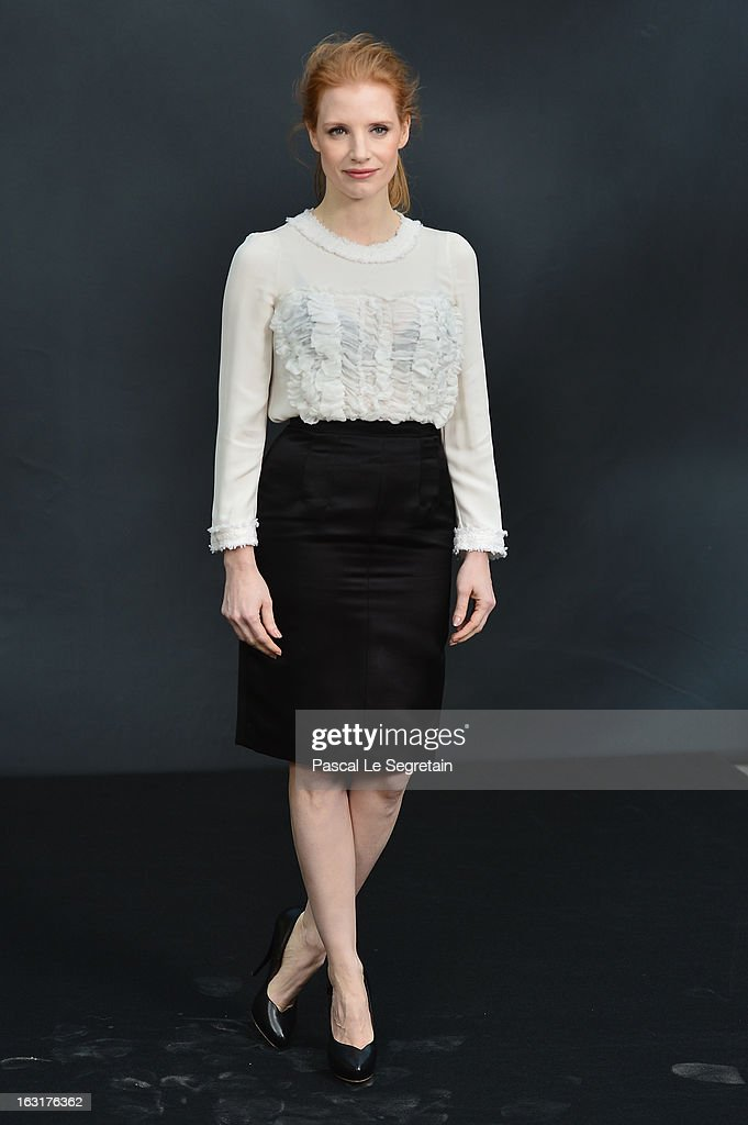<a gi-track='captionPersonalityLinkClicked' href=/galleries/search?phrase=Jessica+Chastain&family=editorial&specificpeople=653192 ng-click='$event.stopPropagation()'>Jessica Chastain</a> attends the Chanel Fall/Winter 2013 Ready-to-Wear show as part of Paris Fashion Week at Grand Palais on March 5, 2013 in Paris, France.