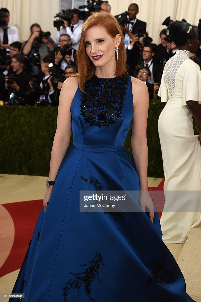 Jessica Chastain attends the 'Manus x Machina: Fashion In An Age Of Technology' Costume Institute Gala at Metropolitan Museum of Art on May 2, 2016 in New York City.