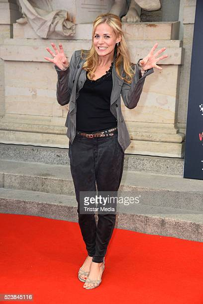 Jessica Ginkel attends the 'Tanz der Vampire' Musical Premiere on April 24 2016 in Berlin Germany