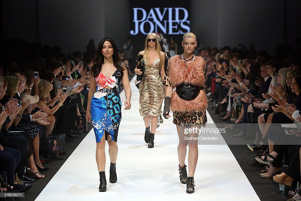 <a gi-track='captionPersonalityLinkClicked' href=/galleries/search?phrase=Jessica+Gomes&family=editorial&specificpeople=4319063 ng-click='$event.stopPropagation()'>Jessica Gomes</a> (L) and Montana Cox (R) walk the finale during the 2014 Virgin Australia Melbourne Fashion Festival Opening Event presented by David Jones at Docklands on March 17, 2014 in Melbourne, Australia.