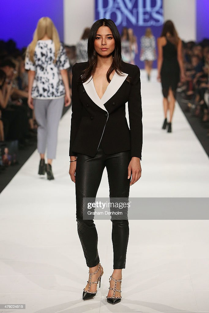 <a gi-track='captionPersonalityLinkClicked' href=/galleries/search?phrase=Jessica+Gomes&family=editorial&specificpeople=4319063 ng-click='$event.stopPropagation()'>Jessica Gomes</a> showcases designs by Camilla and Marc on the runway during the 2014 Virgin Australia Melbourne Fashion Festival Opening Event presented by David Jones at Docklands on March 17, 2014 in Melbourne, Australia.