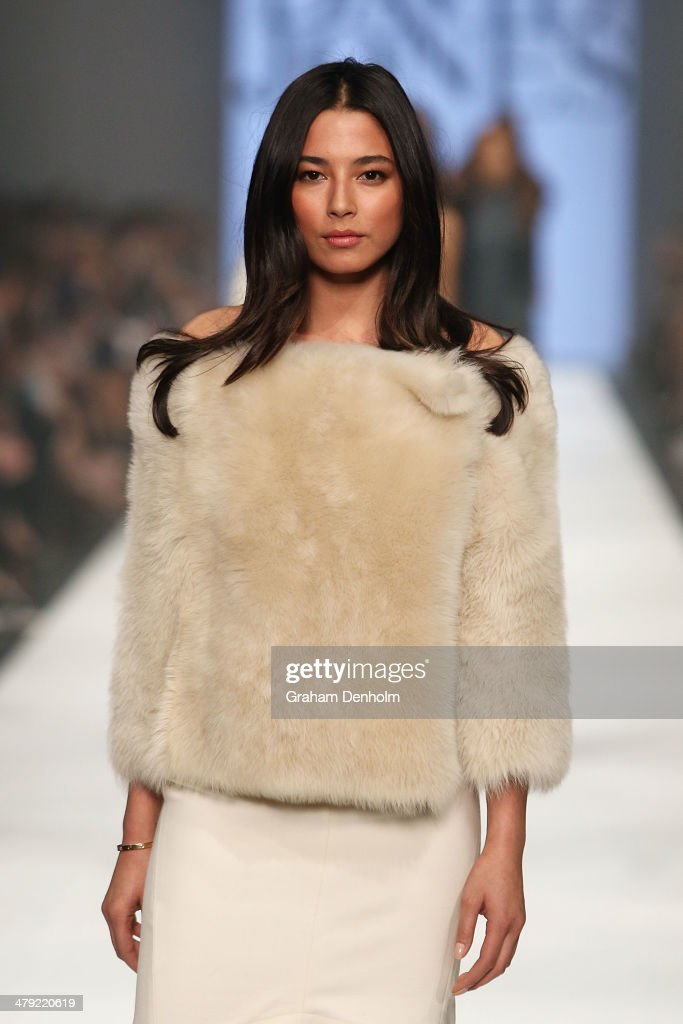 <a gi-track='captionPersonalityLinkClicked' href=/galleries/search?phrase=Jessica+Gomes&family=editorial&specificpeople=4319063 ng-click='$event.stopPropagation()'>Jessica Gomes</a> showcases designs by Scanlan and Theodore on the runway during the 2014 Virgin Australia Melbourne Fashion Festival Opening Event presented by David Jones at Docklands on March 17, 2014 in Melbourne, Australia.