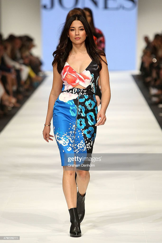 <a gi-track='captionPersonalityLinkClicked' href=/galleries/search?phrase=Jessica+Gomes&family=editorial&specificpeople=4319063 ng-click='$event.stopPropagation()'>Jessica Gomes</a> walks the finale during the 2014 Virgin Australia Melbourne Fashion Festival Opening Event presented by David Jones at Docklands on March 17, 2014 in Melbourne, Australia.