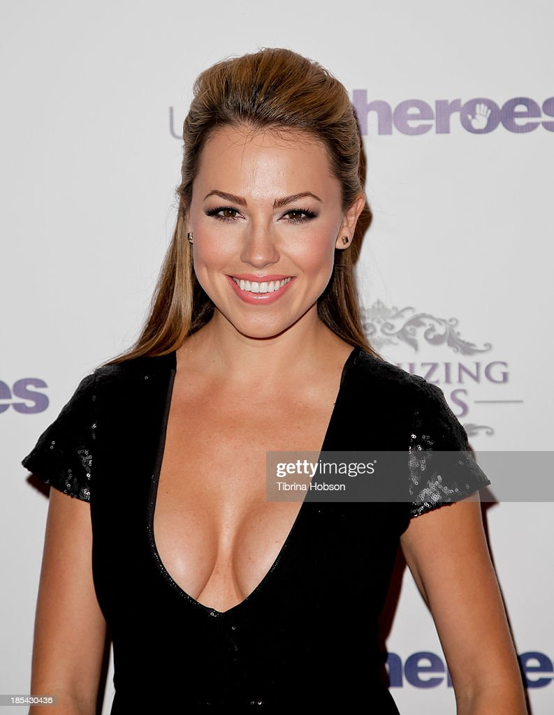 Jessica Hall attends at the Unlikely Heroes' recognizing heroes awards dinner And gala at W Hollywood on October 19, 2013 in Hollywood, California.