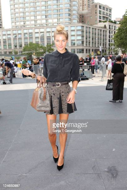 Jessica Hart arrives at Lincoln Center for the Charlotte Ronson show during Spring 2012 Fashion Week on September 10 2011 in New York City
