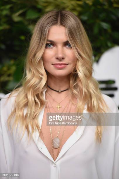 Jessica Hart attends the 11th Annual Golden Heart Awards benefiting God's Love We Deliver on October 16 2017 in New York City