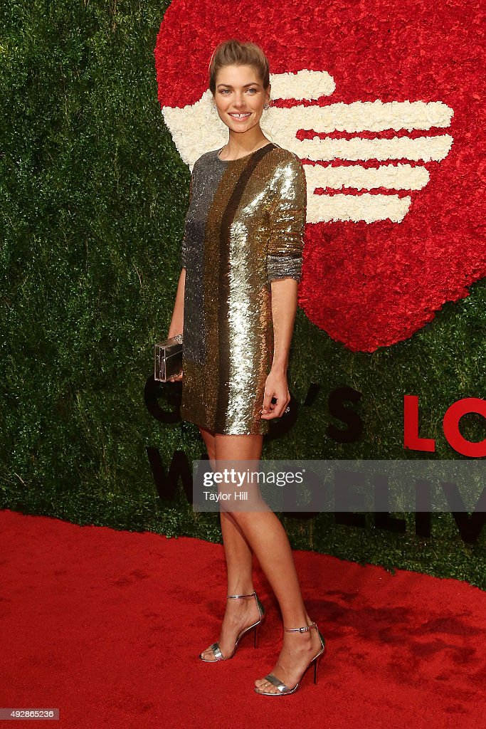 Jessica Hart attends the 2015 God's Love WE Deliver Golden Heart Awards at Spring Studios on October 15, 2015 in New York City.