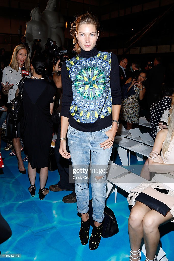 <a gi-track='captionPersonalityLinkClicked' href=/galleries/search?phrase=Jessica+Hart&family=editorial&specificpeople=4436555 ng-click='$event.stopPropagation()'>Jessica Hart</a> attends the Tory Burch fashion show during Mercedes-Benz Fashion Week Spring at David H. Koch Theater at Lincoln Center on September 10, 2013 in New York City.