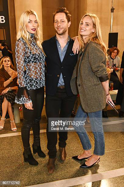 Jessica Hart Derek Blasberg and Lauren Santo Domingo attend the Christopher Kane show during London Fashion Week Spring/Summer collections 2017 on...