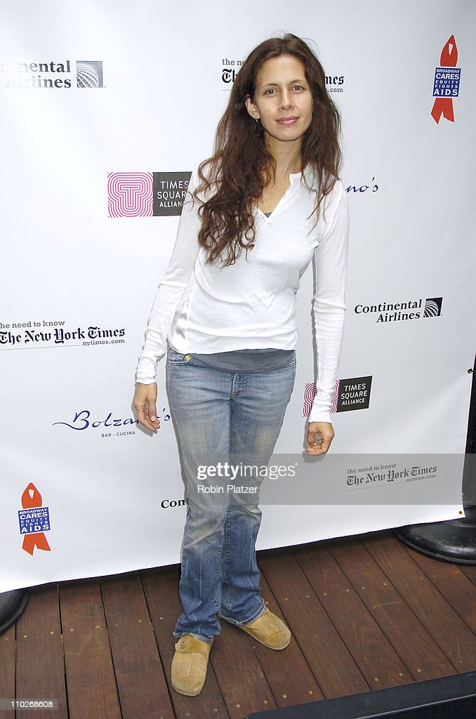 jessica hecht height