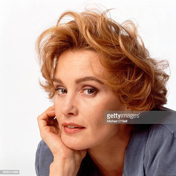 1992 APRIL MIRABELLA MAGAZINE - JESSICA LANGE - FASHION SUPER MODELS - O 79