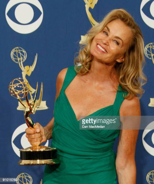 Jessica Lange poses with her award for Outstanding Lead Actress in a Miniseries or Movie for 'Grey Gardens' in the press room at the 61st Primetime...