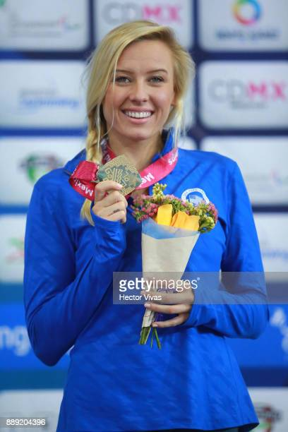 Jessica Long of United States Gold Medal celebrates in women's 200 m Individual Medley SM8 during day 7 of the Para Swimming World Championship...