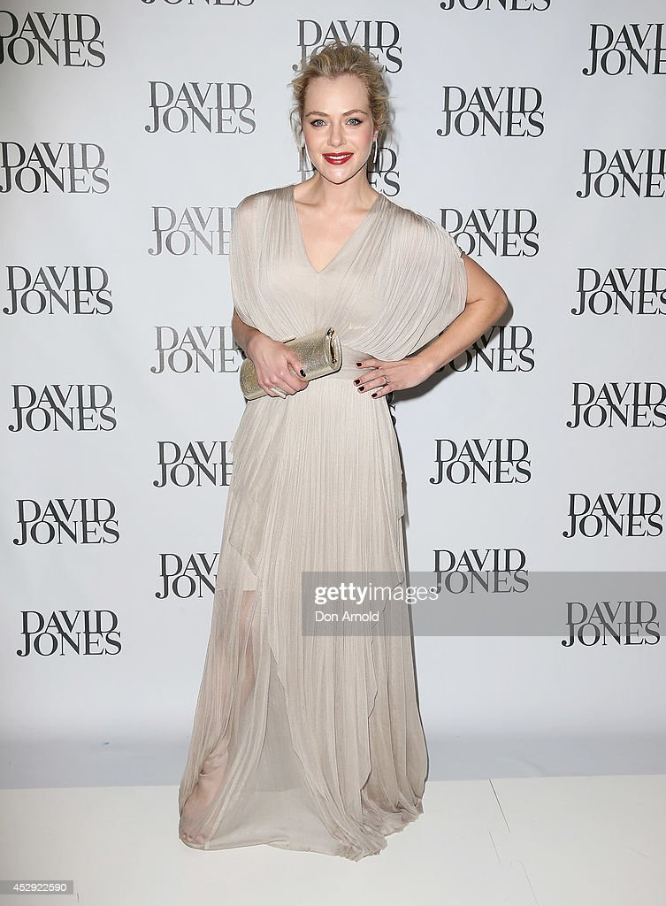 <a gi-track='captionPersonalityLinkClicked' href=/galleries/search?phrase=Jessica+Marais&family=editorial&specificpeople=5424696 ng-click='$event.stopPropagation()'>Jessica Marais</a> arrives at the David Jones Spring/Summer 2014 Collection Launch at David Jones Elizabeth Street Store on July 30, 2014 in Sydney, Australia.