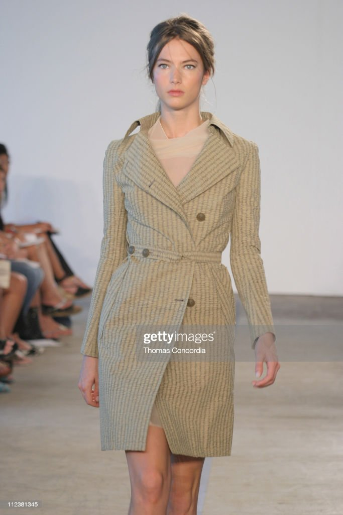 Jessica Miller wearing Roland Mouret Spring 2005 during Olympus Fashion Week Spring 2005 Roland Mouret Runway at West 49th Street in New York City...