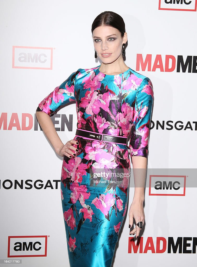Jessica ParŽ arrives at AMC's 'Mad Men' season 6 premiere held at DGA Theater on March 20, 2013 in Los Angeles, California.