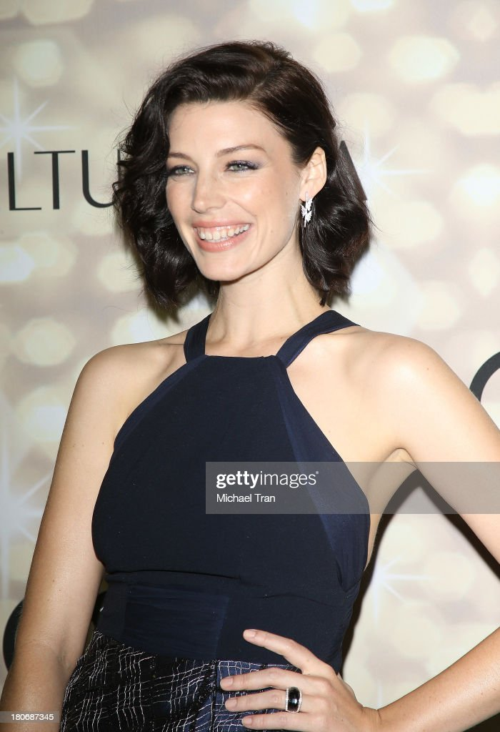 <a gi-track='captionPersonalityLinkClicked' href=/galleries/search?phrase=Jessica+Pare&family=editorial&specificpeople=793183 ng-click='$event.stopPropagation()'>Jessica Pare</a> arrives at the Audi and Altuzarra EMMYs week 2013 kick-off party held at Cecconi's Restaurant on September 15, 2013 in Los Angeles, California.