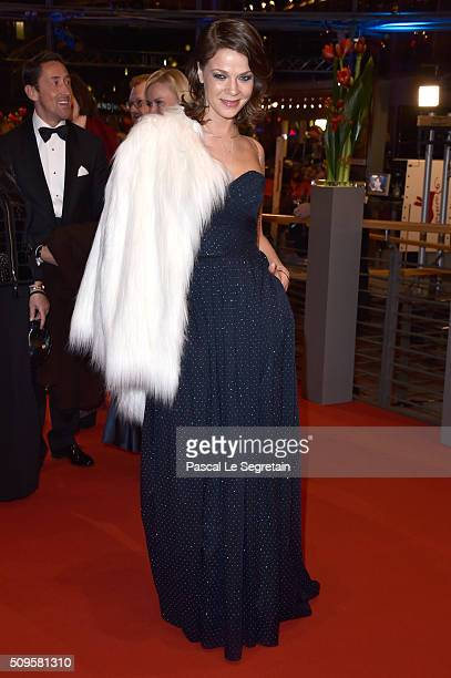 Jessica Schwarz the 'Hail Caesar' premiere during the 66th Berlinale International Film Festival Berlin at Berlinale Palace on February 11 2016 in...