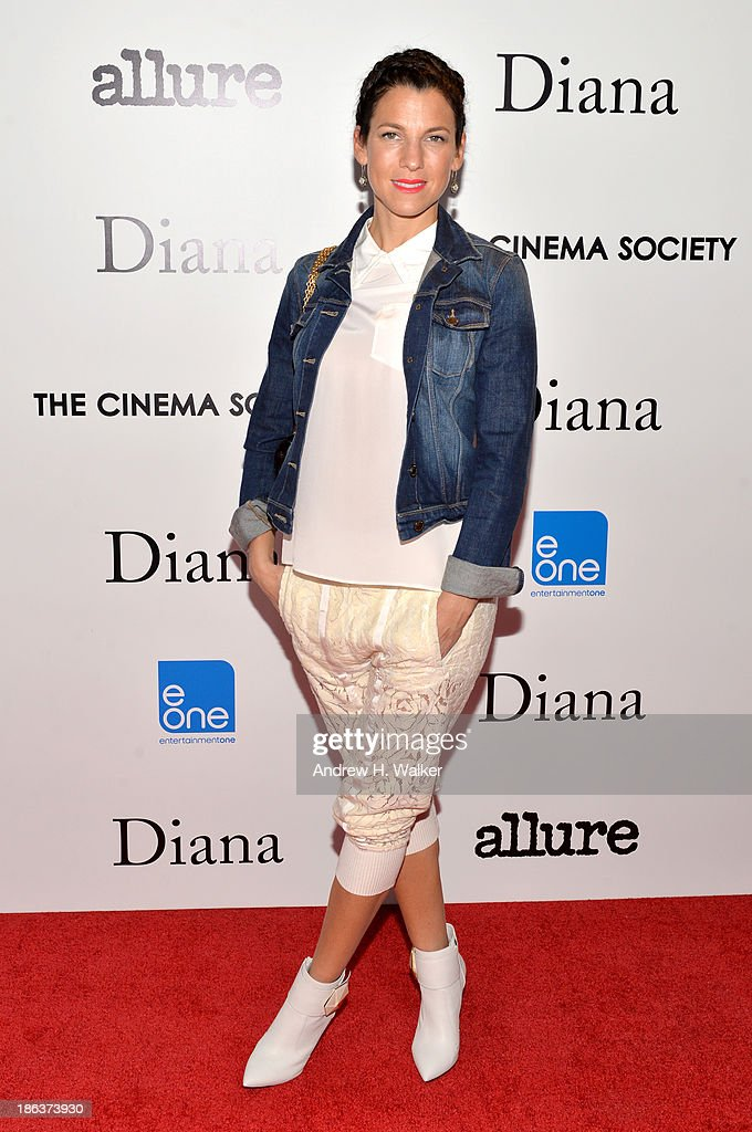 <a gi-track='captionPersonalityLinkClicked' href=/galleries/search?phrase=Jessica+Seinfeld&family=editorial&specificpeople=206558 ng-click='$event.stopPropagation()'>Jessica Seinfeld</a> attends the screening of Entertainment One's 'Diana' hosted by The Cinema Society With Linda Wells and Allure Magazine at SVA Theater on October 30, 2013 in New York City.