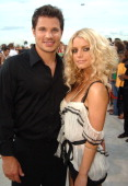 Jessica Simpson and Nick Lachey during 2005 MTV Video Music Awards White Carpet at American Airlines Arena in Miami Florida United States