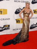 Jessica Simpson during 2004 VH1 Divas Benefitting The Save The Music Foundation Arrivals at MGM Grand Hotel in Las Vegas Nevada United States
