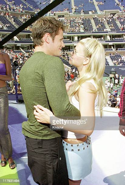 Jessica Simpson with Nick Lachey of 98 Degrees