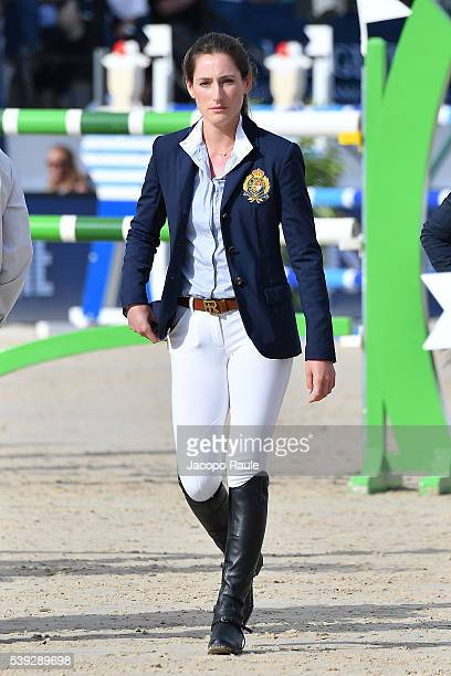 Jessica Springsteen attends International Longines Global Champion Tour Day 2 on June 10 2016 in Cannes France