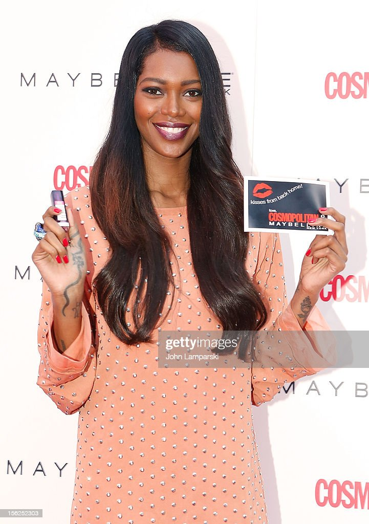 Jessica White attends 2012 Kisses For The Troops at Times Square on November 12, 2012 in New York City.