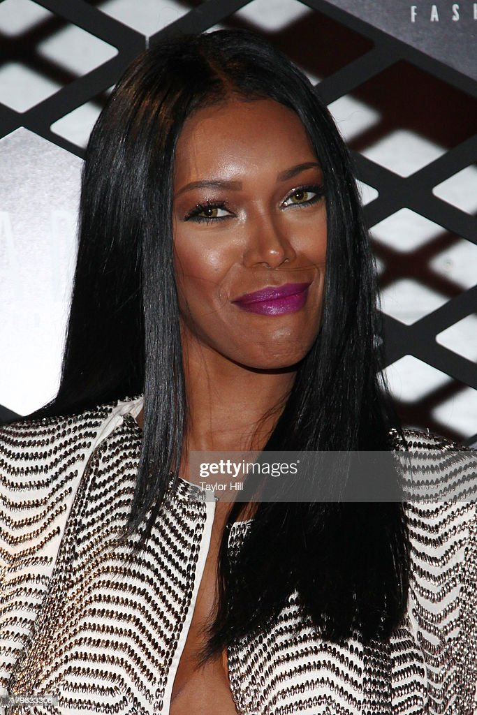 <a gi-track='captionPersonalityLinkClicked' href=/galleries/search?phrase=Jessica+White&family=editorial&specificpeople=220742 ng-click='$event.stopPropagation()'>Jessica White</a> attends the Lexus Design Disrupted Fashion Event at SIR Stage 37 on September 5, 2013 in New York City.