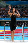 JessicaJane Applegate of Great Britain celebrates after winning the gold in the Women's 200m Freestyle S14 final on day 4 of the London 2012...