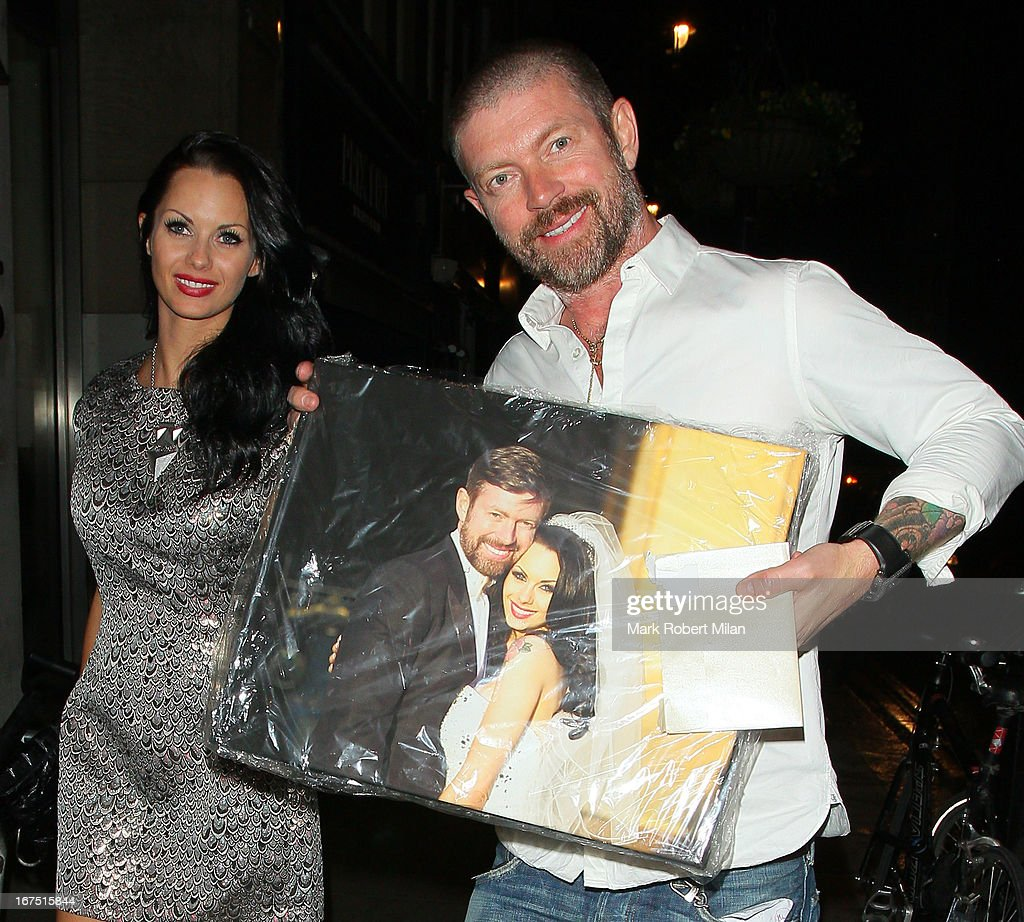 <a gi-track='captionPersonalityLinkClicked' href=/galleries/search?phrase=Jessica-Jane+Clement&family=editorial&specificpeople=4695040 ng-click='$event.stopPropagation()'>Jessica-Jane Clement</a> and Lee Stafford at the Groucho club on April 25, 2013 in London, England.