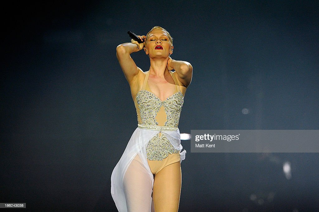 <a gi-track='captionPersonalityLinkClicked' href=/galleries/search?phrase=Jessie+J&family=editorial&specificpeople=5737661 ng-click='$event.stopPropagation()'>Jessie J</a> performs at 02 Arena on October 29, 2013 in London, England.