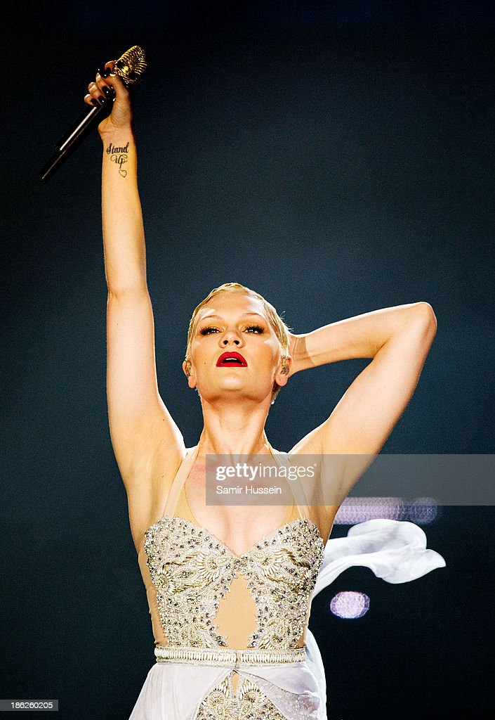 <a gi-track='captionPersonalityLinkClicked' href=/galleries/search?phrase=Jessie+J&family=editorial&specificpeople=5737661 ng-click='$event.stopPropagation()'>Jessie J</a> performs live on stage at the O2 Arena on October 29, 2013 in London, England.