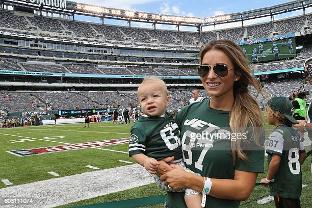 Jessie James Decker attends the New York Jets versus Cincinnati Bengals game at MetLife Stadium on September 11 2016 in East Rutherford New Jersey