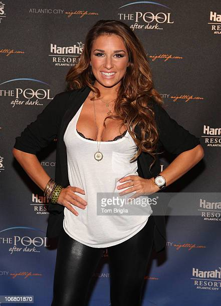 Jessie James poses on the red carpet before performing at The Pool After Dark At Harrah's Resort on Friday November 12 2010 in Atlantic City New...