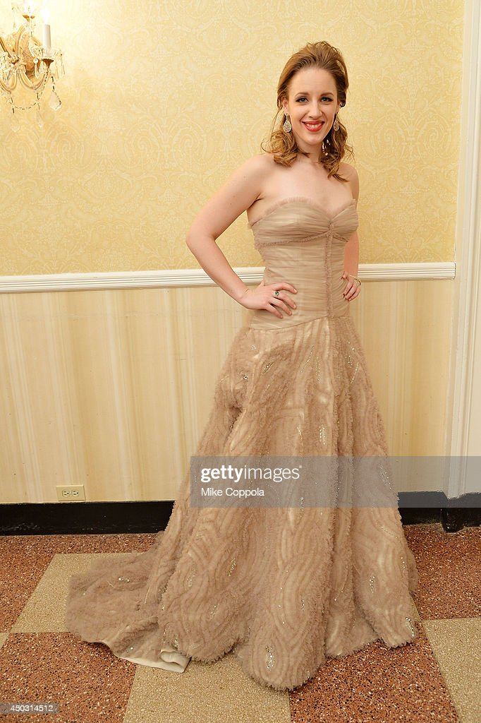<a gi-track='captionPersonalityLinkClicked' href=/galleries/search?phrase=Jessie+Mueller&family=editorial&specificpeople=8736414 ng-click='$event.stopPropagation()'>Jessie Mueller</a>, winner of the award for Best Performance by an Actress in a Leading Role in a Musical for 'Beautiful', poses in a press room at the 68th Annual Tony Awards on June 8, 2014 in New York City.