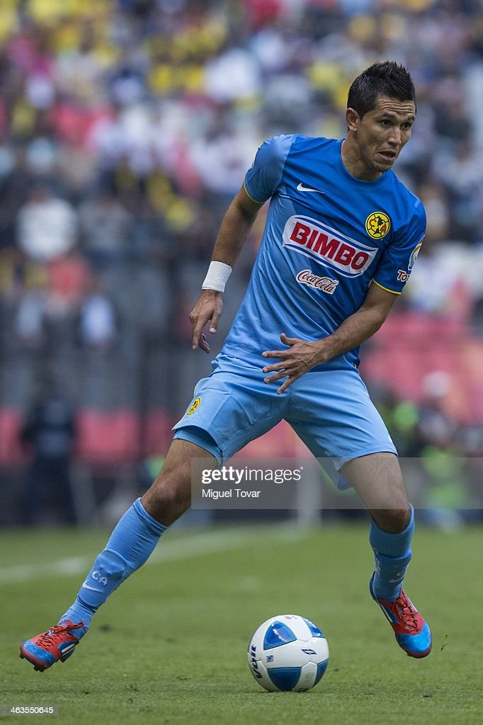 Jesus Molina of America controls the ball during a match between America and Leon as part of the Clausura 2014 Liga MX at Azteca Stadium on January 18, 2014 in Mexico City, Mexico.