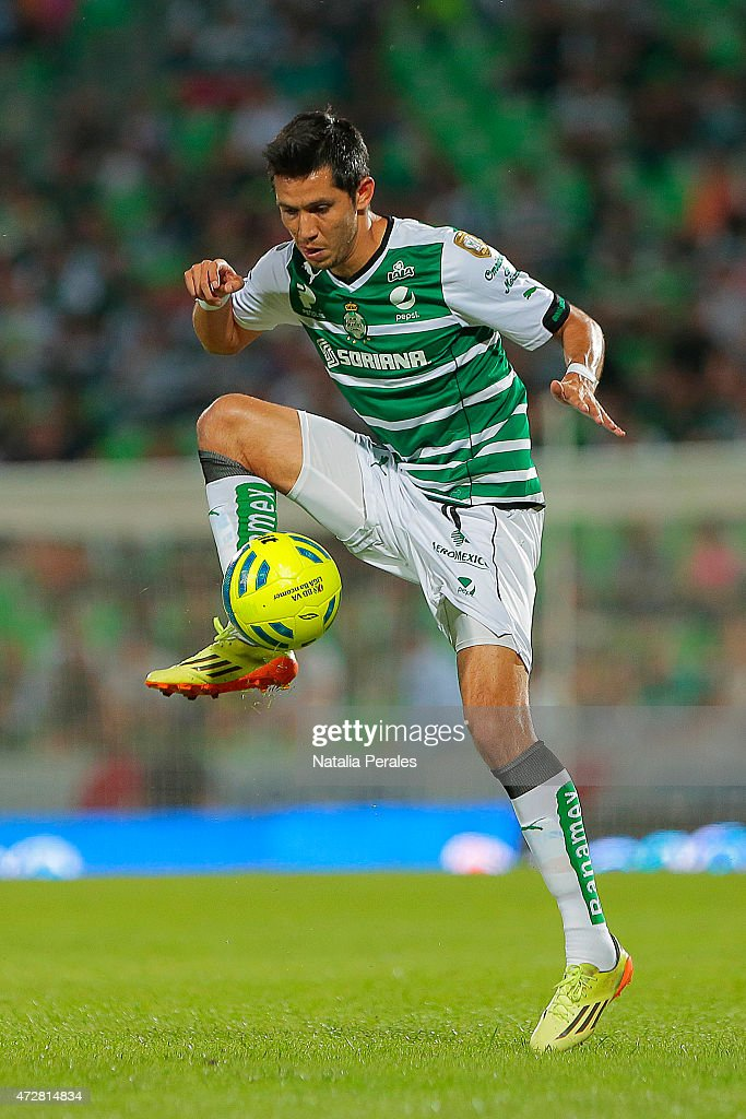 Jesus Molina of Santos controls the ball during a match between Santos Laguna and Puebla as part of 17th round of Clausura 2015 Liga MX at Corona Stadium on May 09, 2015 in Torreon, Mexico.