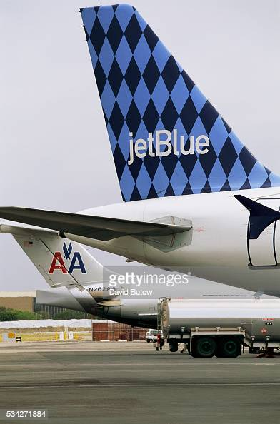 JetBlue and American Airlines planes at Long Beach Airport
