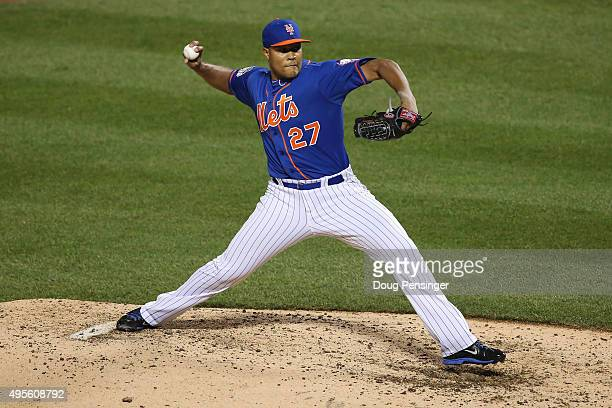 Jeurys Familia of the New York Mets throws a pitch against the Kansas City Royals during Game Five of the 2015 World Series at Citi Field on November...