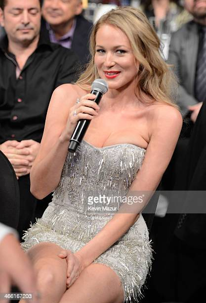 Jewel attends 'Howard Stern's Birthday Bash' presented by SiriusXM produced by Howard Stern Productions at Hammerstein Ballroom on January 31 2014 in...