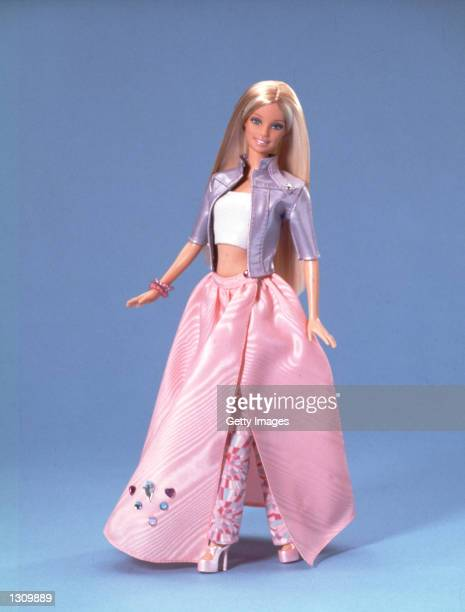 Jewel Girl Barbie has realistic bending and twisting with her new soft twist waist perfect for posing in the '24/7' mix ''n match fashion collection...